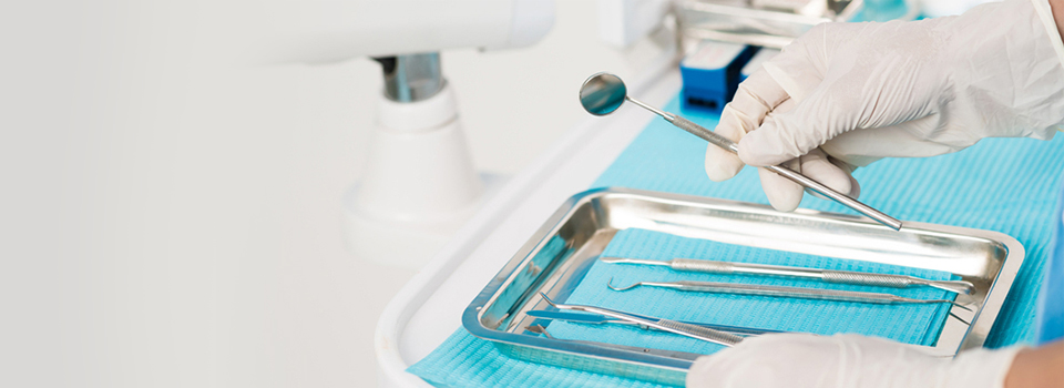 Tooth Extraction: Is Pulling it Out Best? | Dentistry Plus
